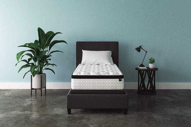 Ashley chime 12-inch plush hybrid mattress